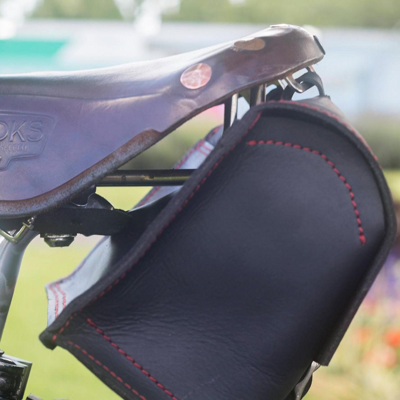 Bicycle Saddle Bag Handlebar Frame In Black Red Sching