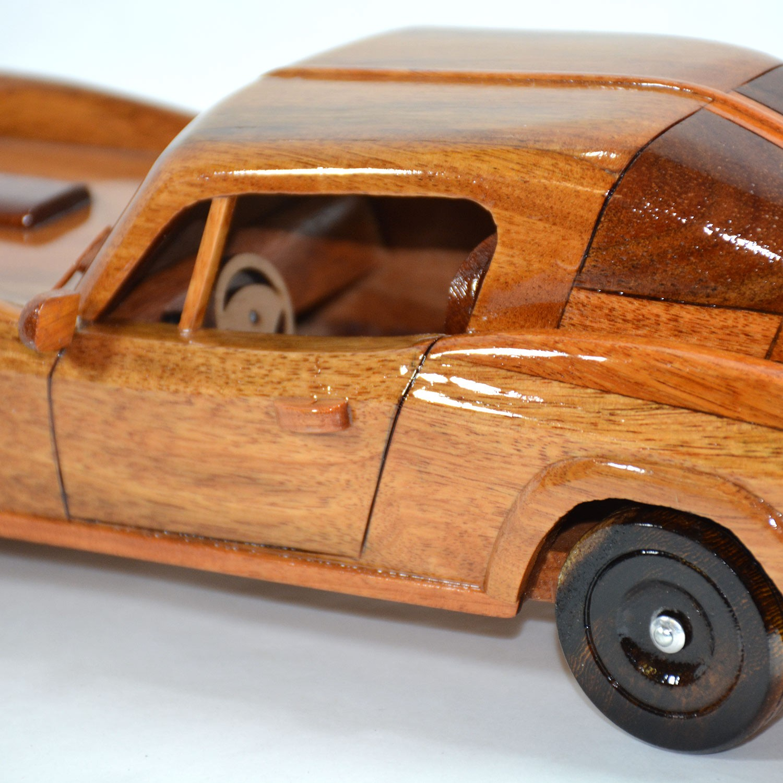 Chevrolet Corvette Stingray 1960s Wooden Car model - Mahogany Wood