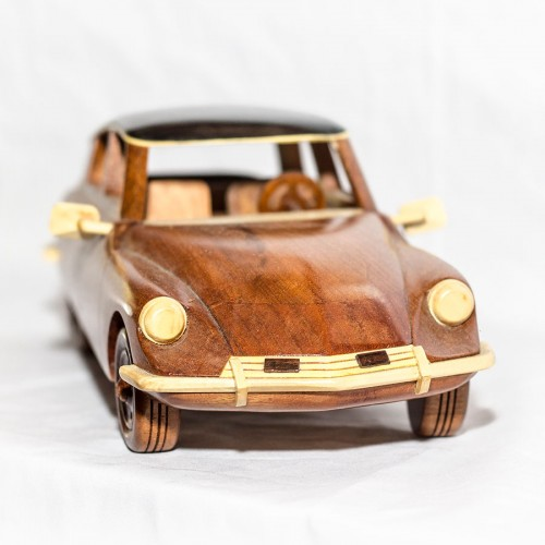 DS Pallas 1968 - Handcrafted Mahogany Wood Model Car - Wooden Art