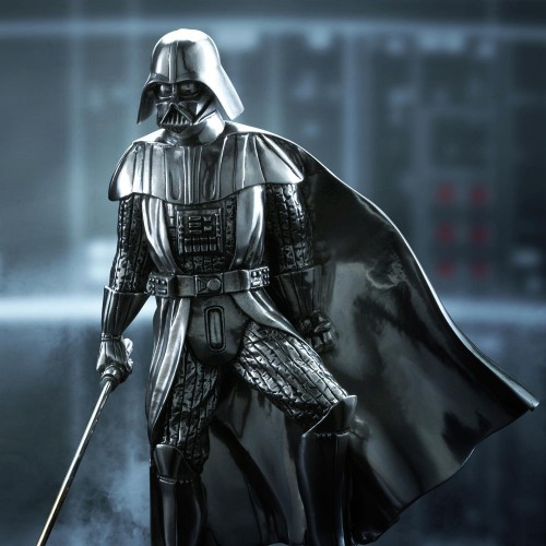 Darth Vader Figurine - Star Wars : Limited Edition Darth Vader Figurine