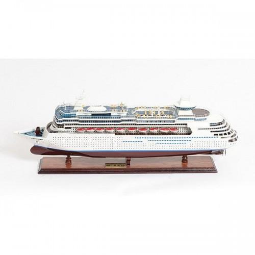 Majesty of the Seas   Cruise Ships Model