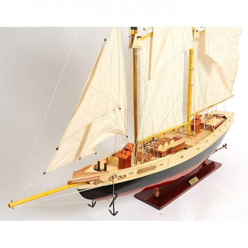Bluenose II painted Medium | Yacht Sail Boats Sloop Wooden Model