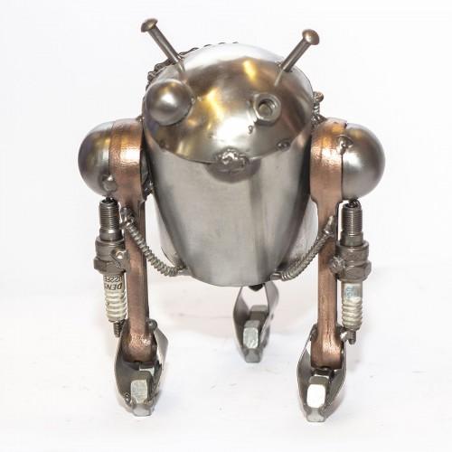 Star Wars R2-D2 : Recycled Scrap Metal Sculpture