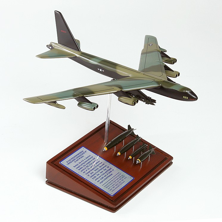 Boeing B 52 Stratofortress Of The U S Air Force History: Boeing B-52D STRATOFORTRESS Vietnam Model Scale:1/160