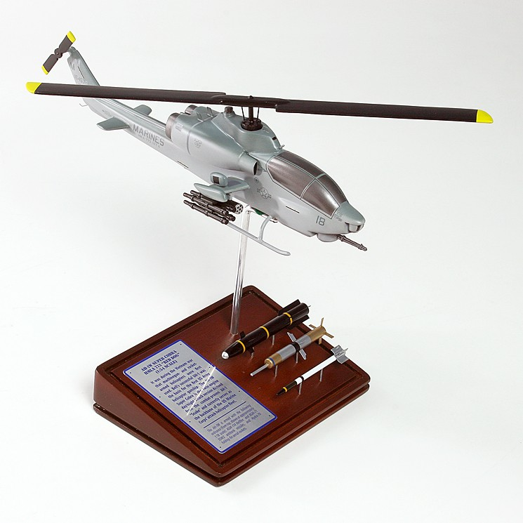 Bell AH-1W COBRA USMC Model Scale:1/45